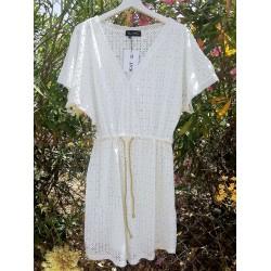Vestido blanco 'huecitos'- DAHLIA
